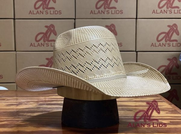 """5384cd20eb54dc7511428765a71721645f818b6b <ul> <li>Alan's Lids Straw</li> <li>Quality: 30X</li> <li>Brim: 4 1/4""""</li> <li>Comes open crown and brim to be custom shaped for every customer</li> </ul> <ul class=""""_3adjr"""" data-hook=""""stacked-info-section""""> <li class=""""_1YFmr _7UGlX"""" data-hook=""""stacked-info-item""""> <div class=""""_6s2bg fggS- cell""""> <h2 class=""""Text1054879492__root Text1054879492---typography-11-runningText Text1054879492---priority-7-primary s8gg2 _149OH InfoSectionTitle3095652555__root"""" aria-hidden=""""false"""" data-hook=""""info-section-title""""></h2> </div></li> </ul>"""