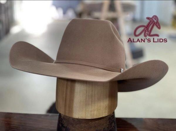 IMG 6145 <ul> <li>Hat Quality: 6X</li> <li>6% Beaver 94% Hare Fur Felt</li> <li>Made in Italy</li> <li>Leather Sweatband</li> <li>100% Silk Liner</li> <li>Waterproof</li> </ul>