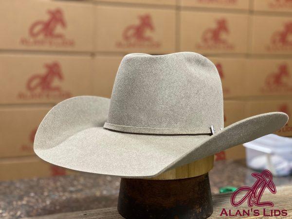 a9c397cbbc20acb296e0dac8f9d5173e0e6a22ad 13 <ul> <li>Hat Quality: 6X</li> <li>6% Beaver 94% Hare Fur Felt</li> <li>Made in Italy</li> <li>Leather Sweatband</li> <li>100% Silk Liner</li> <li>Waterproof</li> </ul>